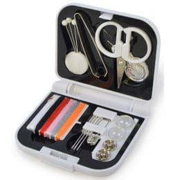 25 2 - Compact Sewing Kit
