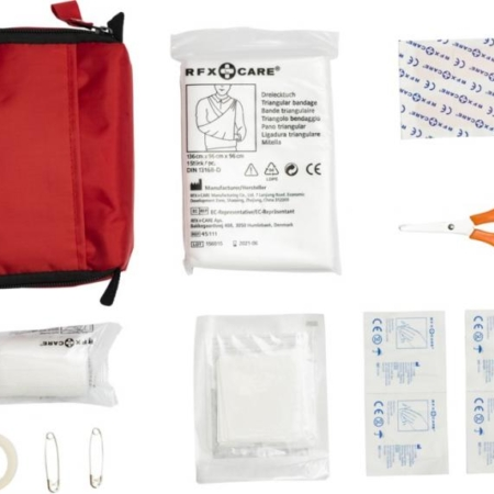 19 Piece First aid Kits